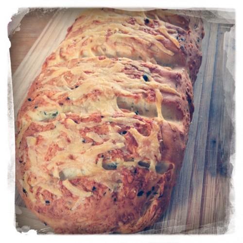 Parmesan-Basilikum-Brot